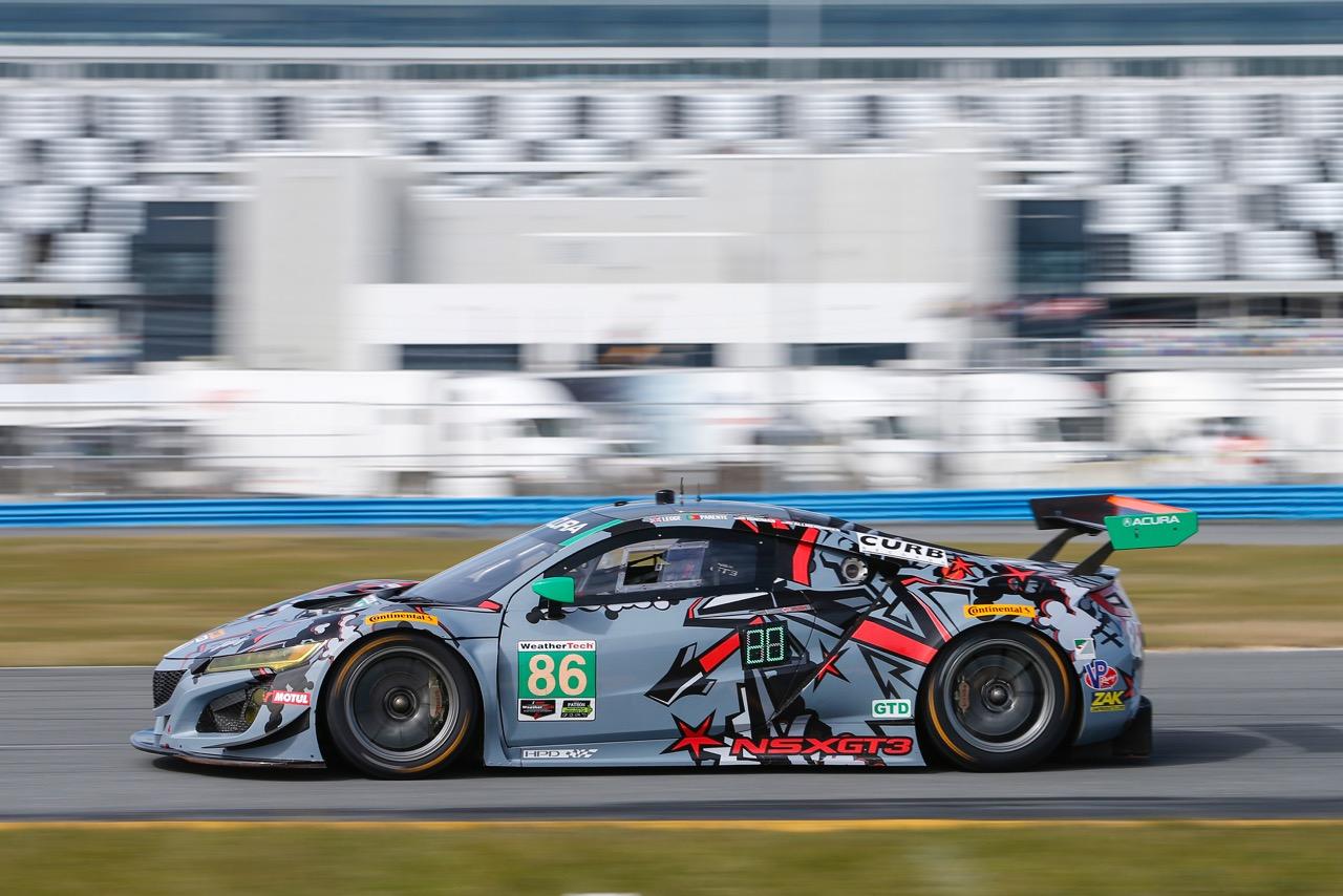 http://www.jasmotorsport.com/assets/jas/img/news/first-five-cars-on-track-for-nsx-gt3-customer-racing-programme.jpg